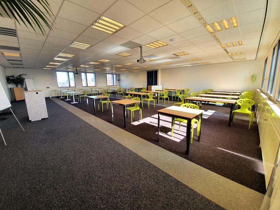 Vergaderzaal Station Seats2meet Den Bosch