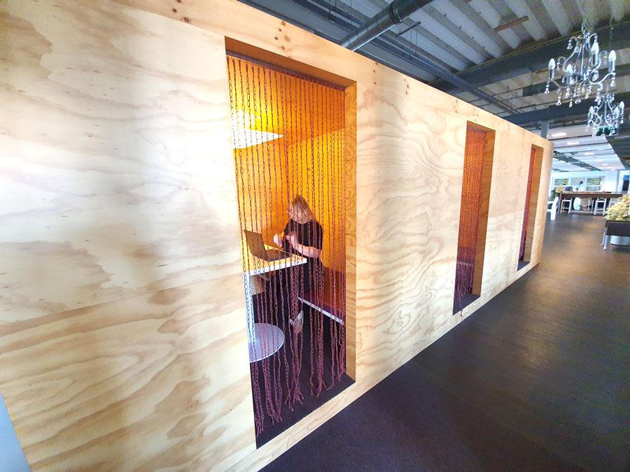 Workspaces Seats2meet Den Bosch